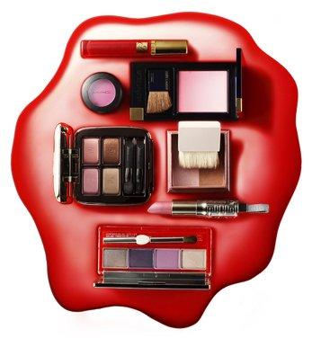 编辑化妆包私藏 那些不可缺的彩妆小物