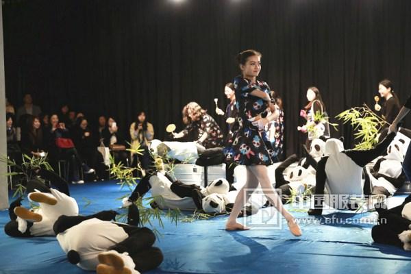舞台剧小动物的衣服图片