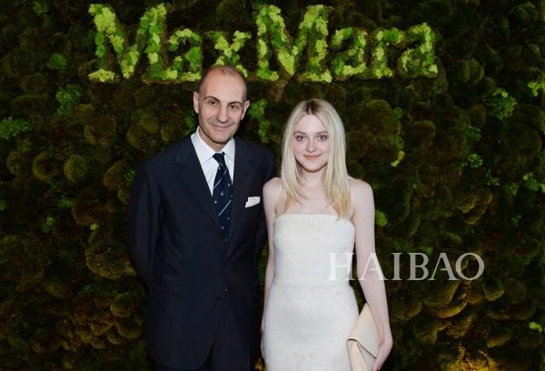 麦丝玛拉 (Max Mara) 集团主席与达科塔·范宁 (Dakota Fanning) 亮相派对