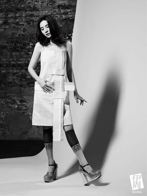 服装杂志黑白素材