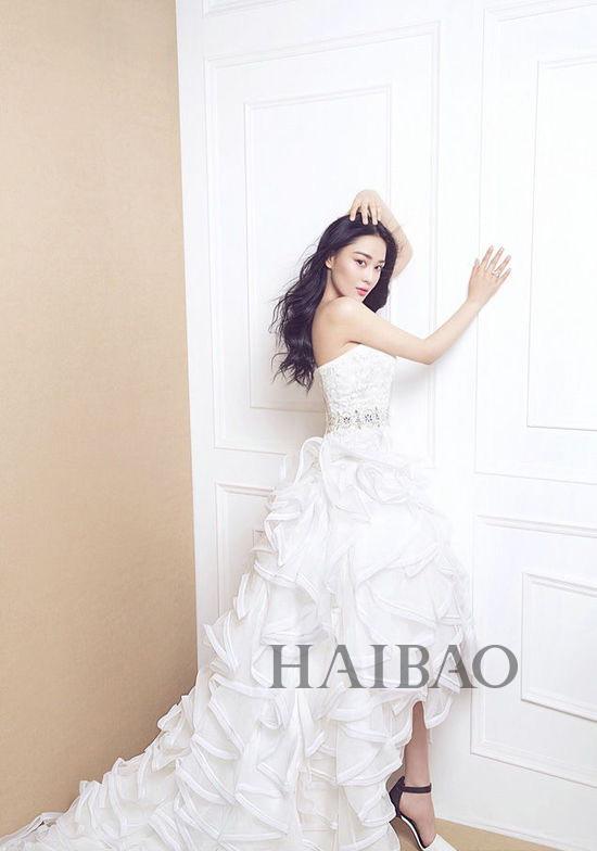 张馨予梦幻婚纱写真