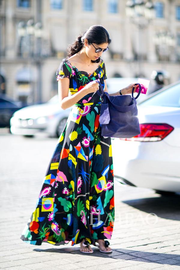 《Tank》杂志时尚总监卡洛琳・伊莎 (Caroline Issa)  2015秋冬高级定制时装周秀场外街拍