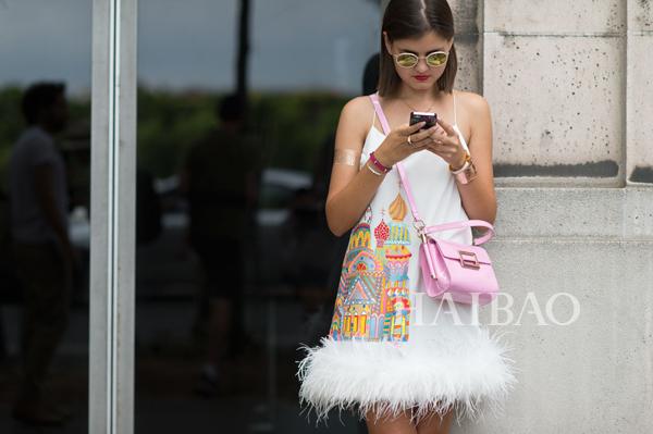 时尚博主Elvira Abasova 2015秋冬高级定制时装周秀场外街拍