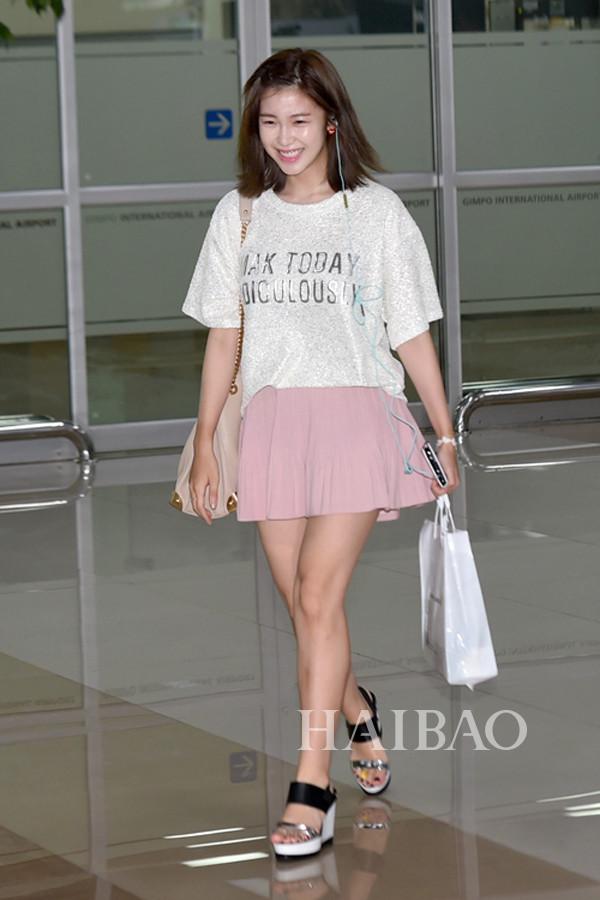 中国服装网 时尚资讯 搭配 韩国女明星街拍:高挑演员最靠谱     韩国