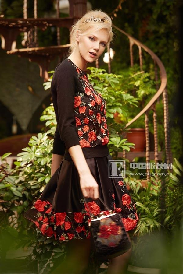 粉红玛琍高级成衣