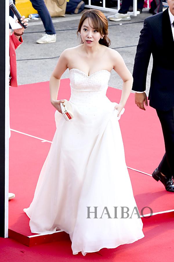 """""""女神""""金泰希,童星出身的金所炫,人气爱豆崔秀英与朴灿烈就是这场show"""