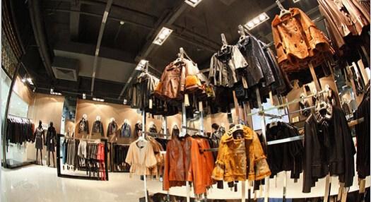 服装行业加盟投资的五大必知事项 绝不错过
