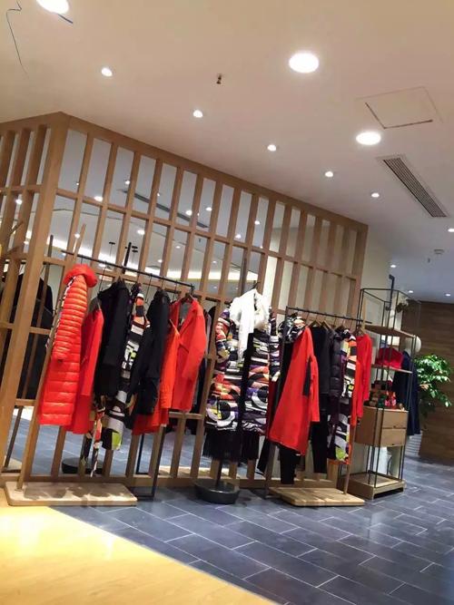扬州服装店装修