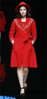 羊绒羊毛品牌时装联合秀发布