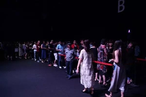 海宁皮革时尚周首次公开售票,大获成功!