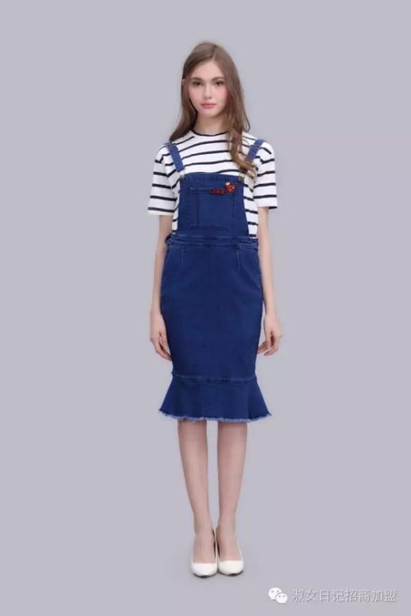 背带裙有什么哪些款式 背带裙里面配什么颜色_服装