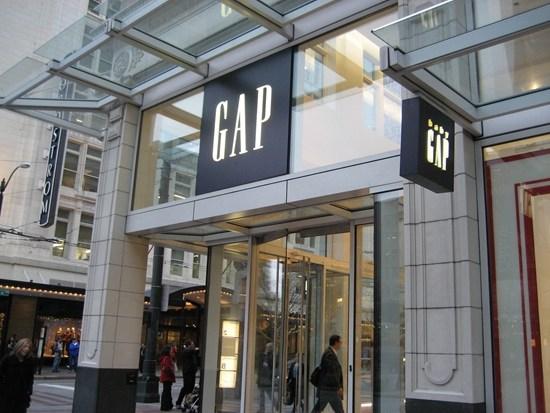 GAP雖銷售和股價暴跌 但華爾街對其前景仍看好