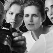 乔治·阿玛尼发布「New Normal」春夏广告大片