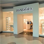 放慢零售速度 Pandora 预计2016年销售增长放缓