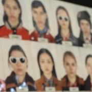 蔻驰(COACH) 2016秋冬纽约女装秀演绎叛逆少女