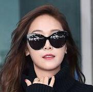 时尚圈的宠儿郑秀妍:行走中的画报回来了