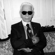 """传""""时尚界凯撒""""老佛爷将离任Chanel创意总监"""