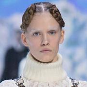 Moncler (盟可睐高级女装)2016秋冬巴黎时装秀