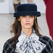2016秋冬巴黎时装周趋势:刚柔并济的新时代女性