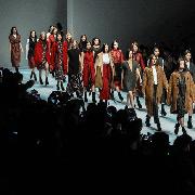 深圳时装周国际范十足-国际新锐力量来袭,原创设计张扬个性