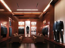 外媒:奢侈品牌开始讨好被长期忽略的当地消费者