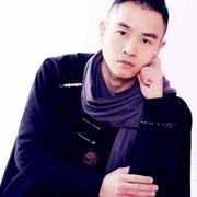 """时装设计师王华忠:礼服是""""会说话的服装"""""""