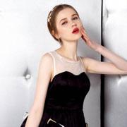 悠媤莉小黑裙 任何场合都能hold住的时尚单品