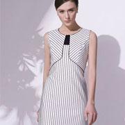 umisky 优美世界2016新品:波点VS条纹 你更爱哪一款连衣裙?
