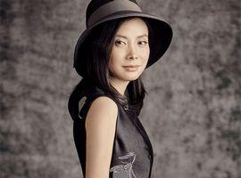 """服装设计师赵卉洲:我想打造一个温暖的""""家"""""""