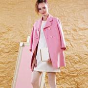 丹缇施秋季外套带给你一种时髦的舒适感