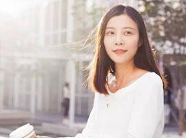 北京三环边上的全能高颜女人是位爱陈列的美老板