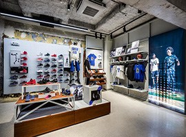 乔丹在巴黎新旗舰店开张,欧洲市场的第一家专卖店