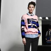 艾露伊时尚资讯:冬季卫衣这么搭 更有范