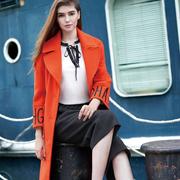 衣秀维妮橙色女装 巧妙撞色更时髦