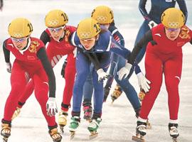 """安踏体育强势布局""""白色经济"""" 打开冰雪产业市场"""