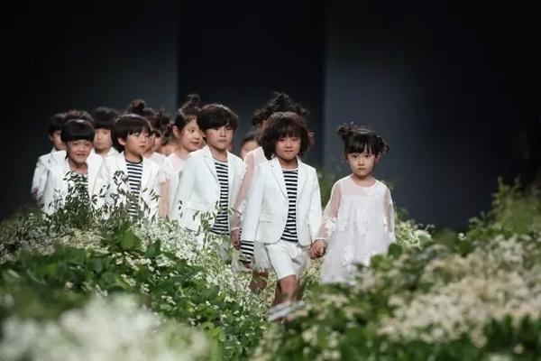 Mini Peace带你感受自然与童真的艺术时尚