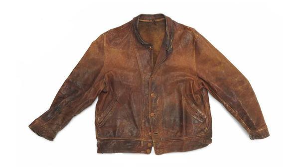 Levi's挖掘品牌历史 11万英镑斩获爱因斯坦皮夹克