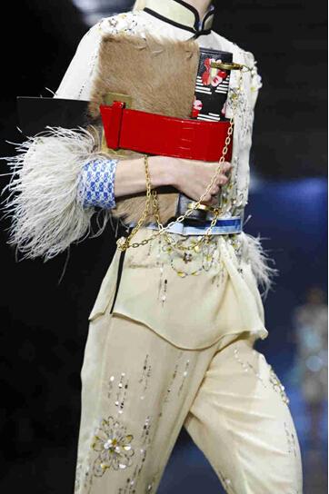 2017春夏米兰时装周 普拉达 (Prada)女装发布(图5)
