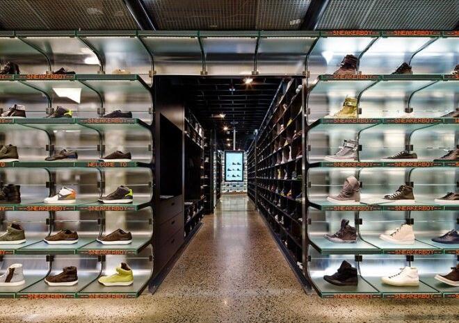 鞋好看的话 装它的鞋店也得一样酷才行