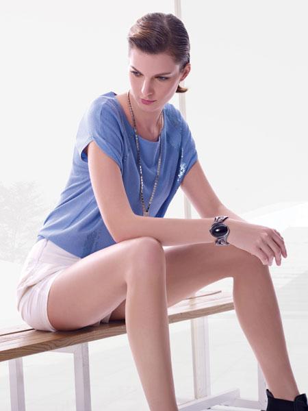 都市高端时尚的设计师品牌优美世界女装诚邀加盟