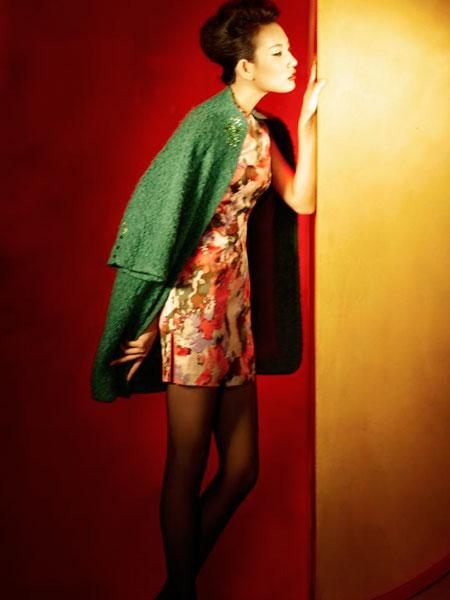 唐朝服饰女-这也见证了中国的传统文化博大精深,服装品牌的文化塑造,可以从传图片