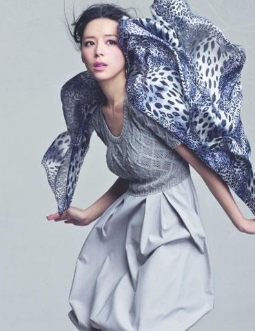 欧蒂芙女装几线品牌_法国女装欧蒂芙风衣