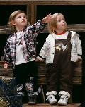双子星童装92402款