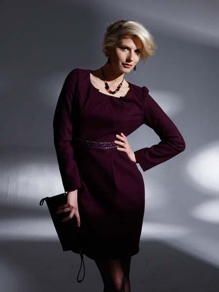 都市高端时尚的设计师品牌斯贤女装诚邀加盟