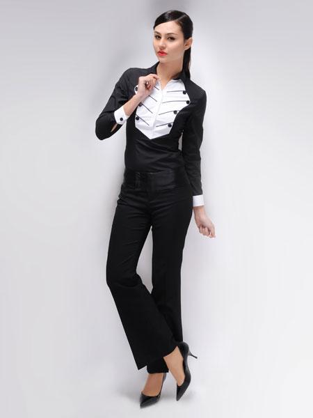 都市高端时尚的设计师品牌我之流女装诚邀加盟