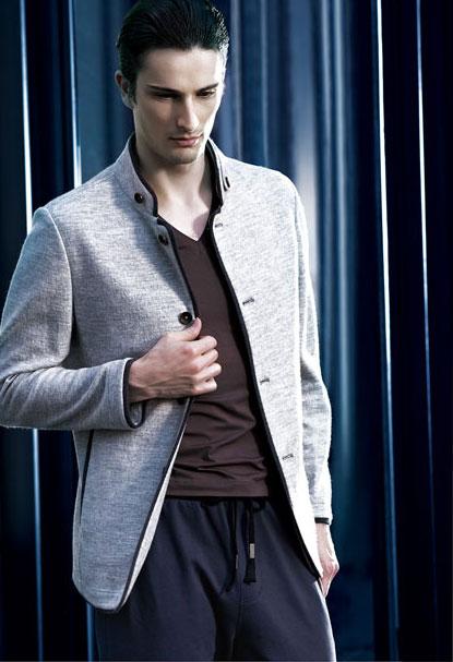 样品品牌:北纬30度男装 上传编号:4046 样品名称:男装 所属类型:男装