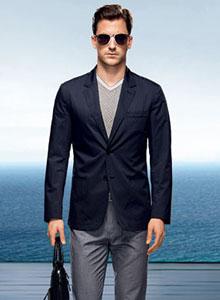 依文男装招商 打造国内最优秀男装品牌