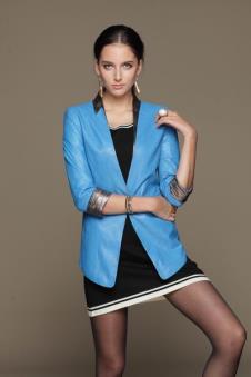 艾咪ameety皮革品牌样品皮革女装外套款式