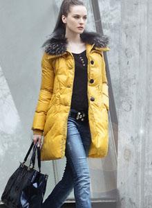歌萨尼亚GASANIA2013冬季羽绒服样品