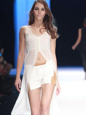 都市高端时尚的设计师品牌维斯凯女装诚邀加盟